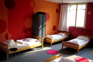 girls dorm [helter skelter hostel berlin]